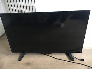 40 inch like new 4 months old barley used