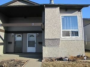 Castledowns 2 bedroom bilevel half duplex $1,050 monthly