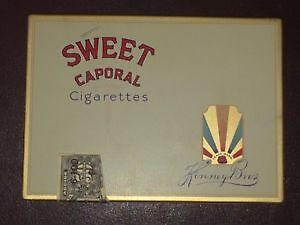 boite de metal antique sweet caporal