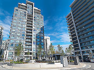 Luxury Condo apartments with 5 star amenities in Richmond Hill