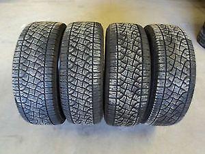 Set of 4 275/55/20 Pirelli 70% tread