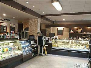 Café located on Sainte-Catherine for sale