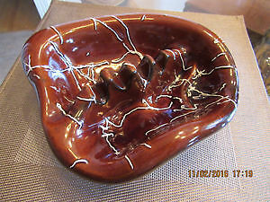 Hand-painted glazed large clay collectible ashtray, like new