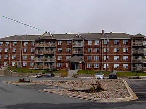 Clayton Park West, 2 bdr apartment w/ underground parking July 1