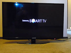 "Samsung 50 "" 1080 p 120Hz LED SMART TV ."