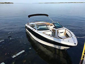 2015 Four Winns Volvo Penta V8 300 HP - 20 HOURS*