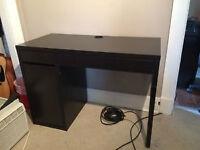 Desk for sale $100