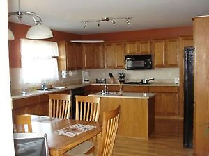 7 bed, 3 bath, double car garage furnished Timberlea house