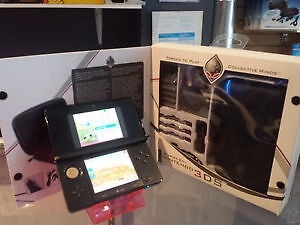 NINTENDO 3DS SYSTEM WITH FREE KIT