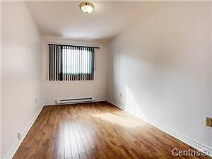 Renovated ,Large, NDG ,near Layola campus 3 bedroom apartment