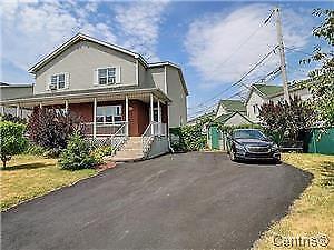 Maison à vendre à Sainte-Catherine