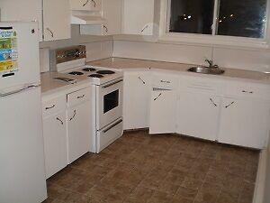 50 Waverley-2 Bedroom Apartment Renovated