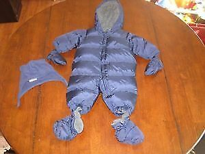 0-6 months brand new Gap snowsuit