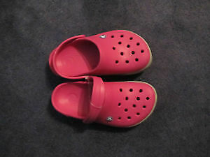 Junior Croks Size 3