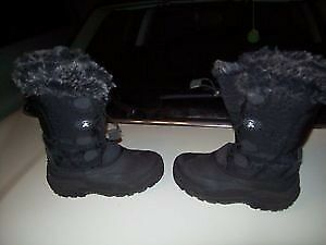 Girl / Woman winter boots - bottes hiver