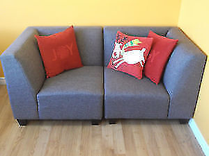2 PCE LOVE SEATS AND 3 PCE MODULAR COUCHES - USED 3 WEEKS Stratford Kitchener Area image 3