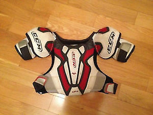 CCM Junior Shoulder Pads