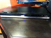 TOSHIBA BLURAY PLAYER