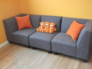 SPECIAL! 5 PC MODULAR GREY COUCH & LOVESEAT - USED 3 WEEK London Ontario image 8