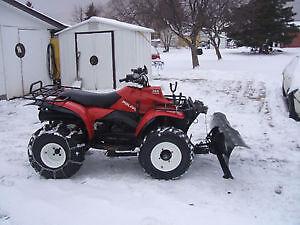 ATV POLARIS 350L Sportsman 4x4 c/w plow, helmets