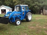 Ford 3000 diesel with loader and cab(less than 3000hrs)
