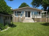 Spectacular 3BR Rentals on Lake Simcoe