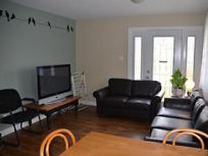 1 Rooms Left-Steps from Georgian