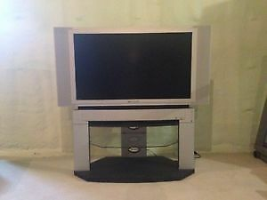 Panasonic LCD rear projector TV and Stand