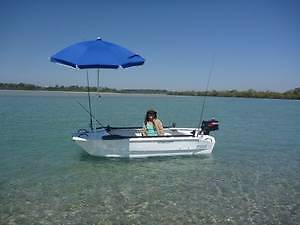 Twin Hull Dinghy - free demo sat 21 JAN at lucky bay 3.15-5 O'Connor Fremantle Area Preview