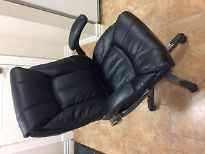 Brand new leather office chair in perfect condition