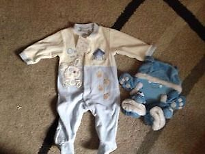 NEW boy's set 3-6 M, AVAILABLE