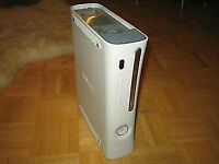Xbox 360 Arcade Console ONLY, In VERY GREAT CONDITION 3 RED LIGH