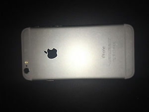 MINT CONDITION IPHONE 6 SILVER 16GB Kitchener / Waterloo Kitchener Area image 2