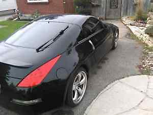 2006 Nissan 350Z 2dr Coupe (2 door) London Ontario image 2