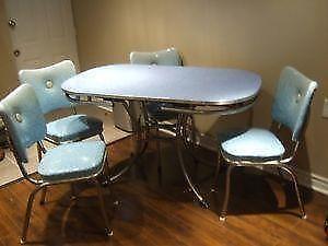 Exceptional Vintage Dining Set   EBay