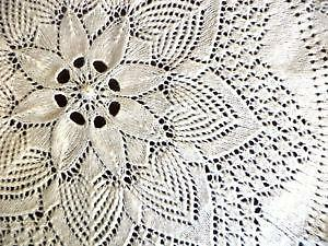 Genial Handmade Lace Tablecloths