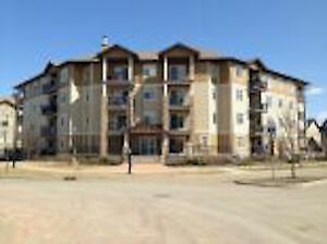 Water, heat, gas, in-suite laundry and underground parking incl.