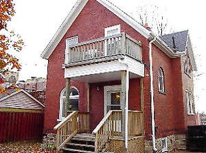 35 Waterloo St - Beautiful All-Inclusive in Downtown Kitchener