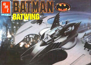 Batman 1989 Batwing model by ERTL complete with paint & supplies