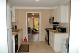 Bright Spacious 2 Bedroom Furnished Suite in Kitsilano #699 Downtown-West End Greater Vancouver Area image 4