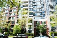 Elegant Cosmopolitan Style Furnished 2 Bed Condo - Yaletown Park