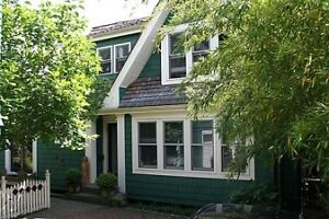 Well Appointed Furnished Suite in Kitsilano Coach House #341