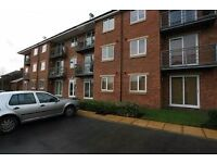 Top Floor 2 bed apartment in Rodley with views over Aire Valley
