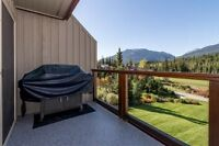 Spectacular 3 bed, 2 bath, 1564 sqft Whistler Townhouse