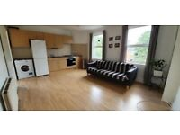 DOUBLE ROOMS AVALIABLE **DSS ACCEPTED** **NO DEPOSIT NEEDED** **BILLS INCLUDED**
