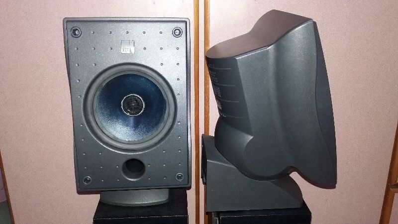 DESIGNER KEF 60S FULLRANGE SPEAKERS MADE IN ENGLAND WITH FRONT COVERS.
