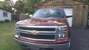 REDUCED 2015 Chevrolet Silverado 1500 Pickup Truck