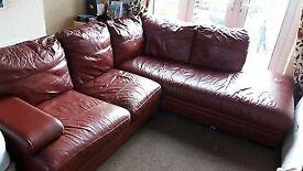 leather corner sofa. settee.