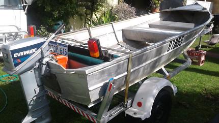 3.9 metre aluminum dinghy