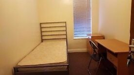 Last bedroom left to let in terrace with 2 bathrooms. Crofton St, Rusholme, Manchester. Student pfrd